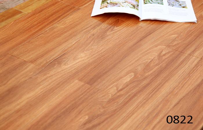 Laminate flooring crystal 199mm 822