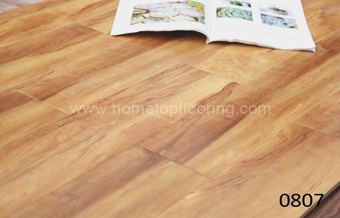 laminate wooden flooring 807